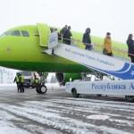 Метели помешали трем московским рейсам приземлиться в Горно-Алтайске (фото)