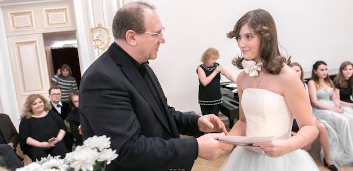 Арина Веревкина успешно выступила на международном конкурсе имени Шопена
