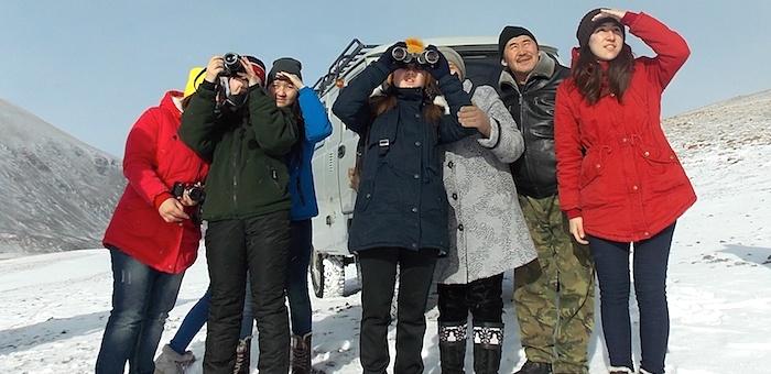 Для кош-агачских школьников устроили экскурсию к местам обитания архаров