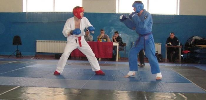 В Горно-Алтайске прошел чемпионат по рукопашному бою