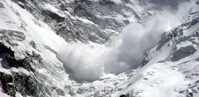 МЧС предупреждает о возросшей лавиноопасности