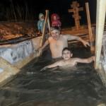 5 тыс. человек искупались на Крещение в Горно-Алтайске