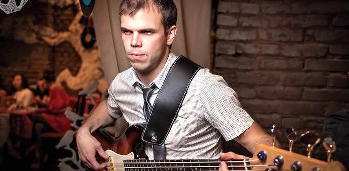 В Горно-Алтайске покончил с собой музыкант Александр Машник