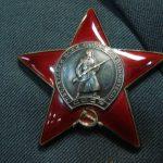 Восстановил связь между подразделениями и лично из карабина уничтожил нескольких гитлеровцев…