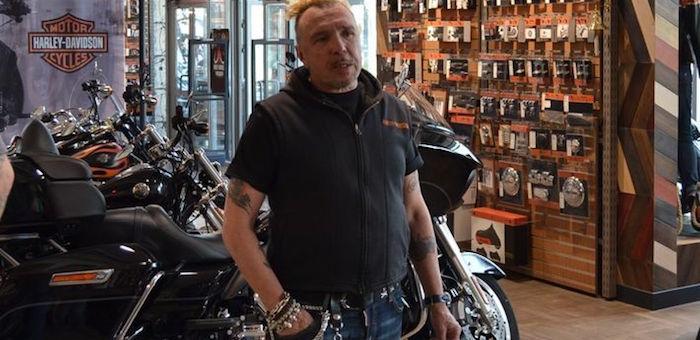 Гарик Сукачев пригласил байкеров в Горный Алтай к памятнику Кольке Снегиреву