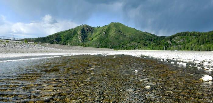 Власти провели совещание по проблеме искусственного озера в «Долине Алтая»