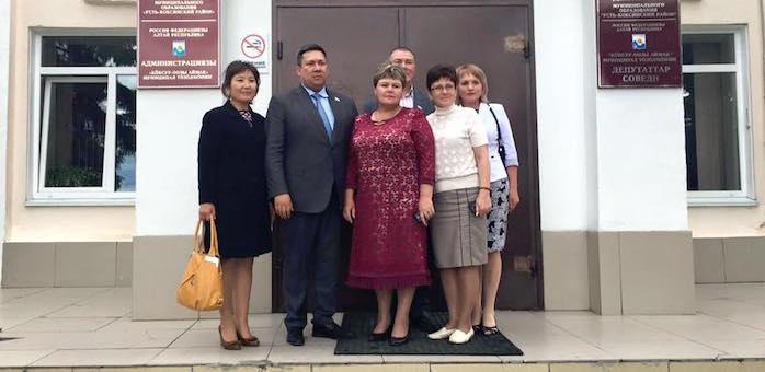 Владимир Полетаев посетил Усть-Коксинский район