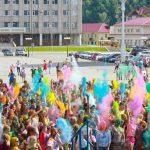 Фоторепортаж: Фестиваль красок прошел в Горно-Алтайске