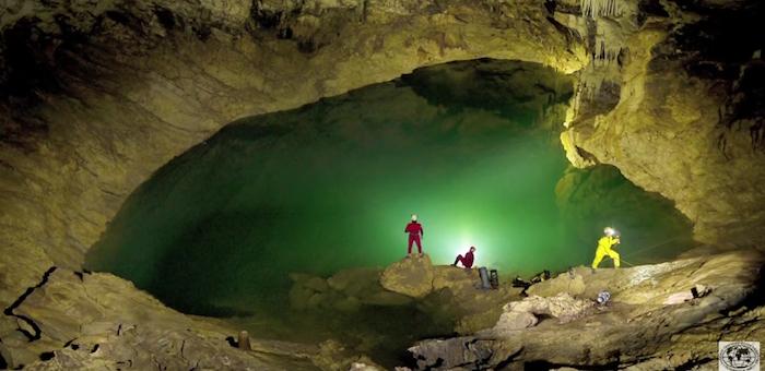 Необычные открытия сделали ученые в крупнейшей пещере Горного Алтая