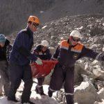Один из попавших под камнепад на Белухе туристов погиб на месте