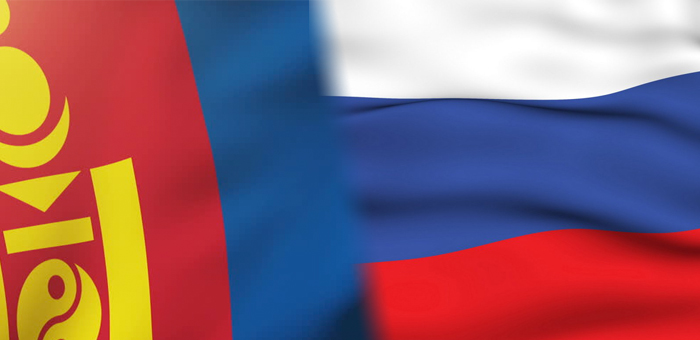 На Белухе водрузили российский и монгольский флаги