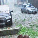 Сильный град прошел в Чемальском районе, повреждены десятки машин (фото и видео)