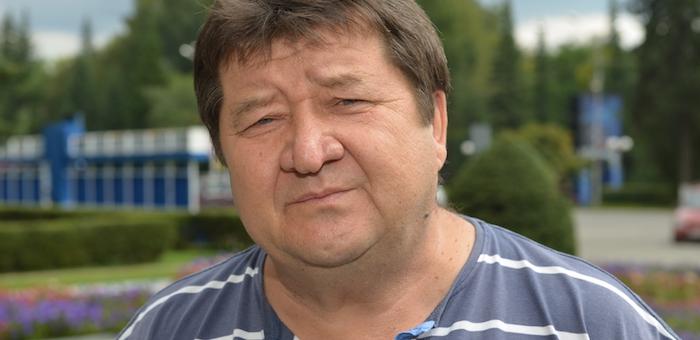 Александр Чеконов снял кандидатуру в пользу Букачакова