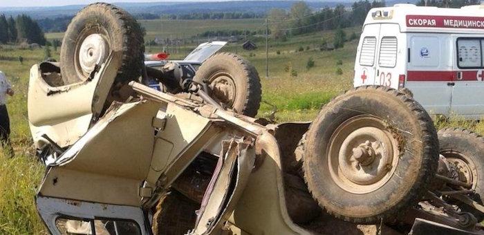 УАЗ упал с моста через реку Курайка, водитель погиб