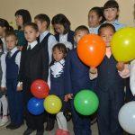 В Ине дети пошли в новую школу (фото)