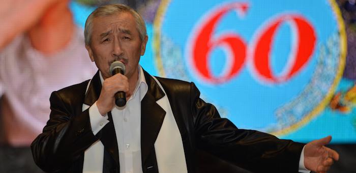 Кара Майманов награжден орденом «Тан Чолмон» (фото)