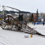 Фотофакт: В Горно-Алтайске начали строительство новогоднего городка