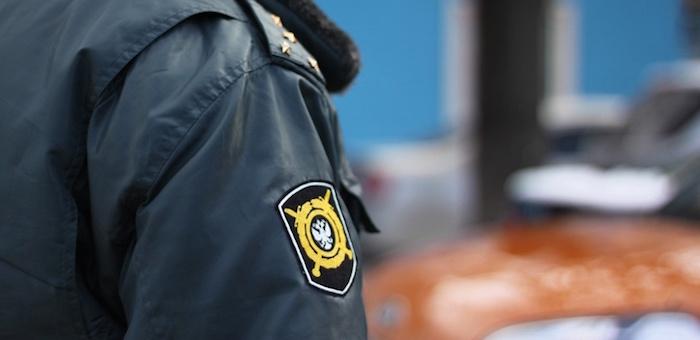 В Усть-Кане полицейского подозревают в «выбивании» показаний