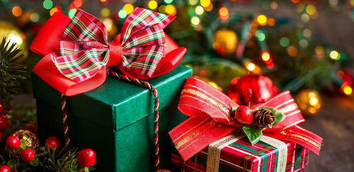Не проходите мимо: Для нуждающихся детей собирают новогодние подарки