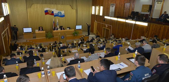 Бюджет республики на 2017 год принят в первом чтении