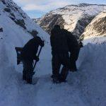 Фотофакт: Дорожники продолжают расчистку перевала Кату-Ярык