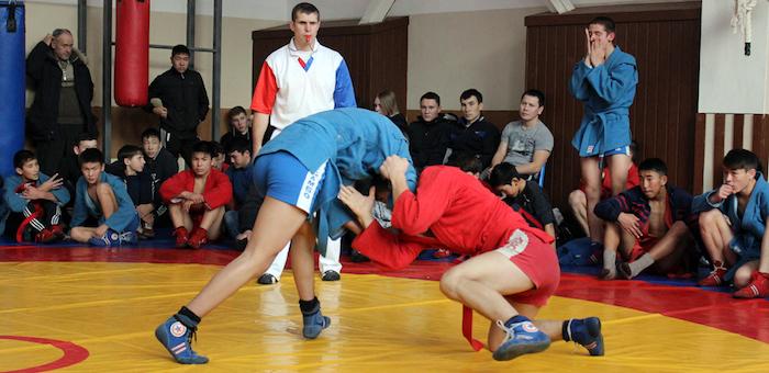 150 борцов приняли участие в турнире памяти Алексея Ялбакова