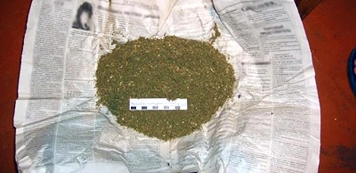 В Турочакском районе у подростка изъяли марихуану