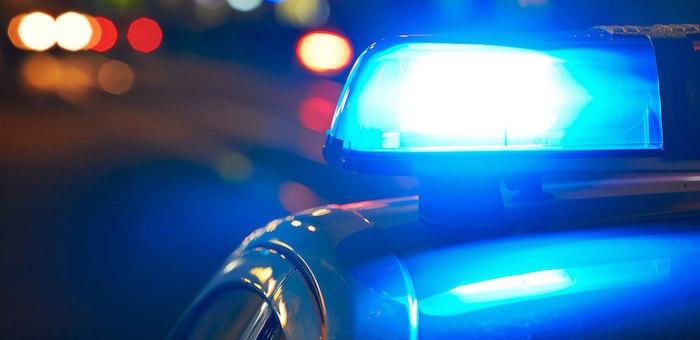 Полицейские разыскивают водителя, сбившего пешехода и скрывшегося с места ДТП