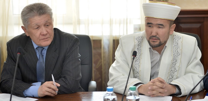 В правительстве обсудили межнациональные и межрелигиозные отношения
