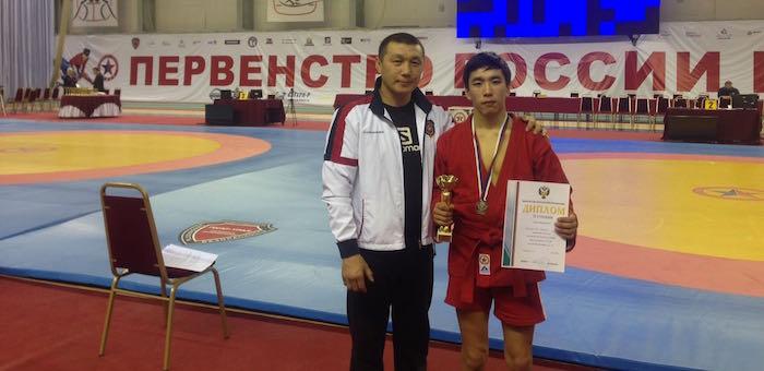 Сюмер Шалданов завоевал путевку на Первенство Европы по самбо