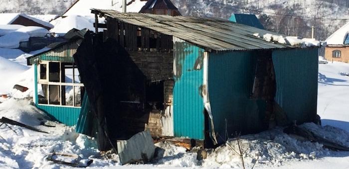 Два пожара произошло из-за замыкания электропроводки