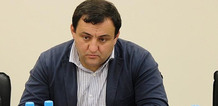 Известного политтехнолога задержали в Горном Алтае