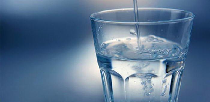 Житель Манжерока погиб, напившись стеклоомывающей жидкости