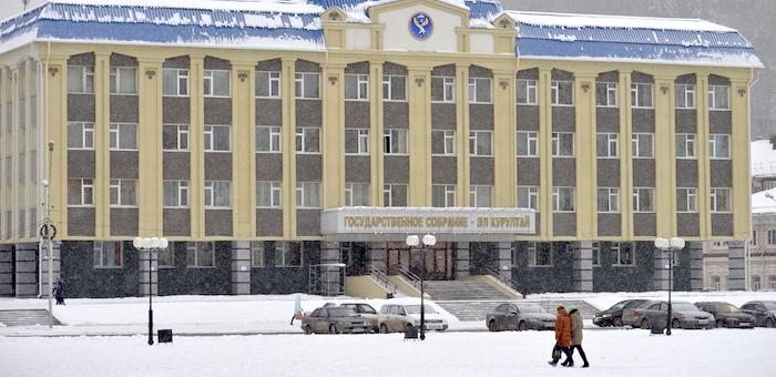 Роберт Кыпчаков станет депутатом Госсобрания