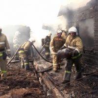 В Каясе из-за включенного в сеть зарядного устройства произошел крупный пожар (видео)