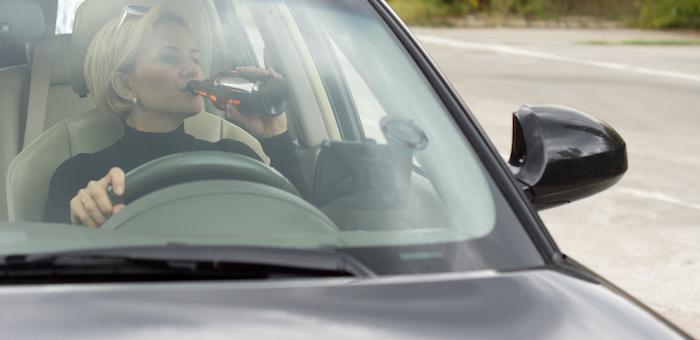 Лишенная прав 23-летняя автоледи повторно попалась на пьяном вождении