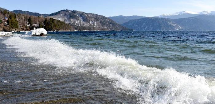 В Артыбаше обсудили проект закона о Телецком озере