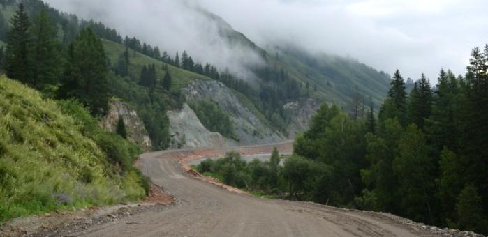 Республике Алтай выделено более 92 млн рублей на ремонт дорог