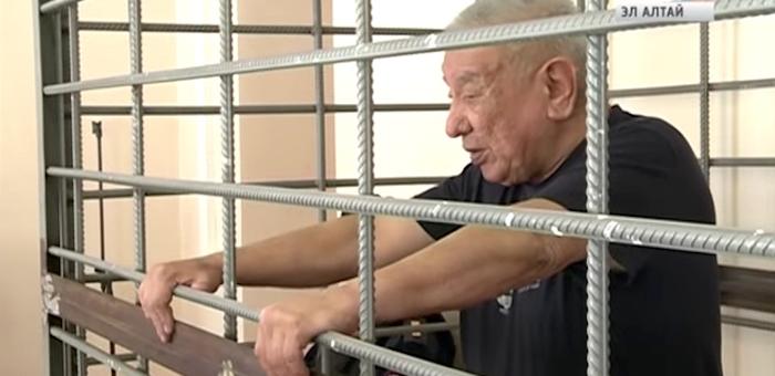 Ауельхана Джаткамбаева оставили под стражей еще на два месяца