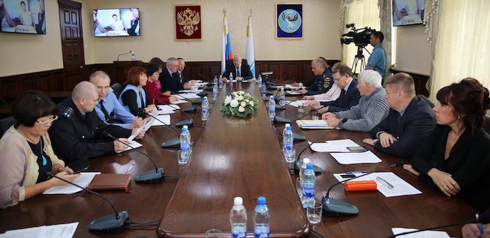 Власти обсудили меры по борьбе с чумой