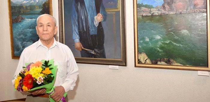 В Горно-Алтайске открылась выставка Владимира Чукуева