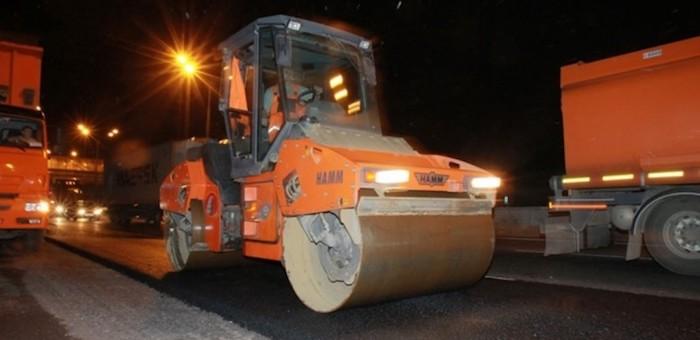 Жителей Барангола возмутил ночной ремонт Чуйского тракта