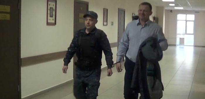 Завершено расследование дела по обвинению чиновника мэрии в получении взятки