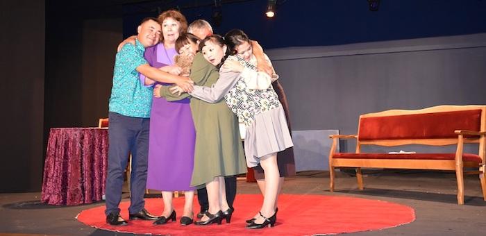 Состоялось закрытие 39-го театрального сезона