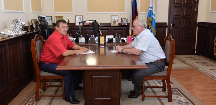 Александр Бердников и Эжер Челоков обсудили вопросы развития бизнеса