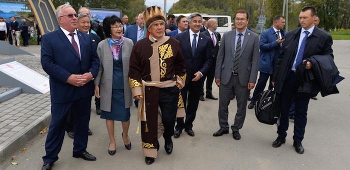 Президент Татарстана посетил Горный Алтай