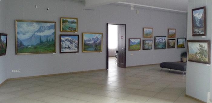 В Кемерово проходит выставка алтайского художника Владимира Ельникова
