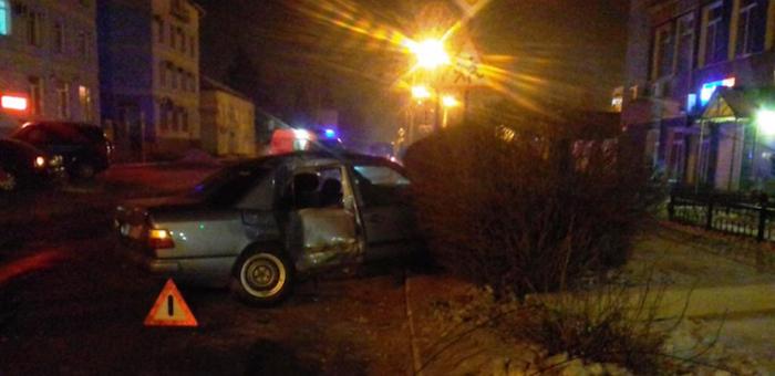 Два человека пострадали в ДТП за минувшие выходные