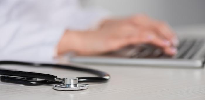 Больницы перейдут на электронный документооборот