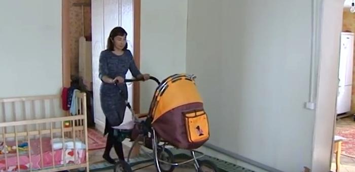 В Кош-Агаче бросившая на улице младенца биологическая мать отняла его через суд у опекунов